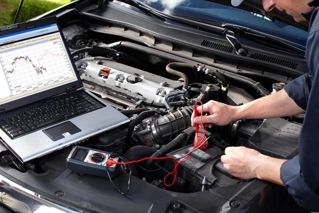 angajam electrician auto brasov